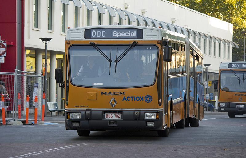renault otobüs